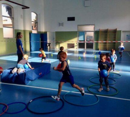 sportfly-ssd- bambini-giocainsieme-fano-pesaro-urbino